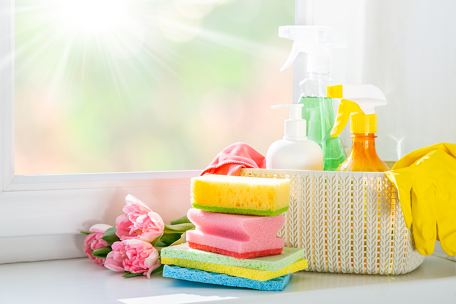 Use this handy checklist for spring cleaning this spring season.